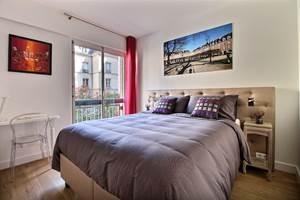 Bedroom Place des Vosges