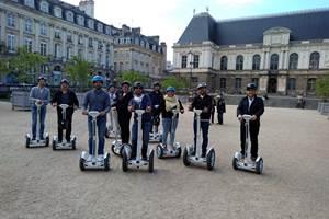 Equipe , place du Parlement. Rennes.052019