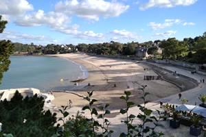 Clos de la Fontaine Dinard, plage du Prieuré et sa piscine découverte à 250m
