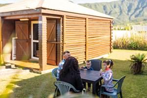 bungalows des Makes jardin bungalow le camélia