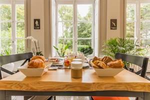 Des petits déjeuners maison copieux et savoureux.