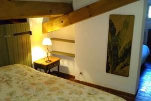 Chambre 3 lits , côté lit double