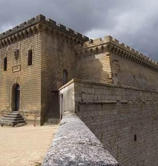 Visite guidée : Mézières et la Tour du Roy