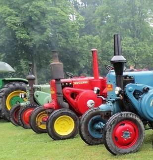 Rassemblement des Tracteurs Anciens