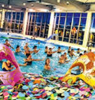 Aqua'carnaval au centre aquatique