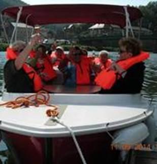 Bateaux électriques à Bogny-sur-Meuse