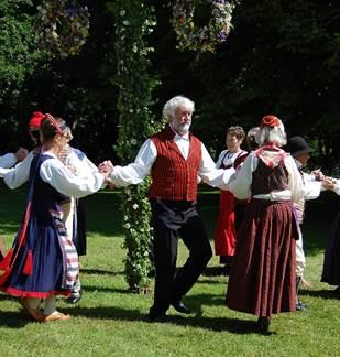 Stage de danse Folk et bal le soir