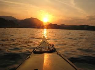 Randonnée en kayak au coucher de soleil