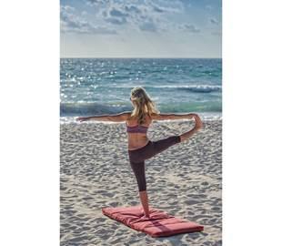Yoga à Collioure sur la plage du faubourg
