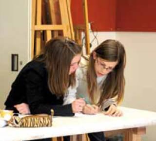 Le club des petits découvreurs (7-12 ans): Croquer, esquisser, composer...un moment de vie