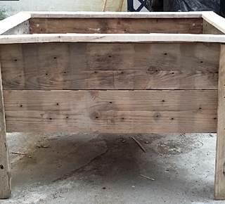 Je fabrique un carré potager en bois de palette à la Pepiterre