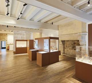 Croquez Vannes ! : Au musée d'histoire et d'archéologie : exposition