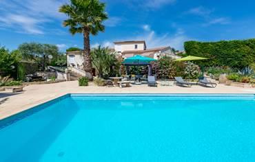 piscine-12x6m-traitement-au-sel-Casa-Dina