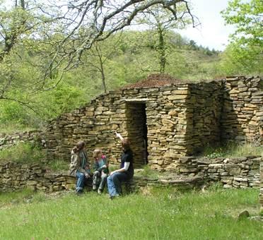 Camon les cabanes en pierres sèches