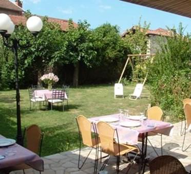 Restaurant La Petite Maison Terrasse et jardin