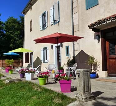 Domaine des Tourniès- entrée et terrasse