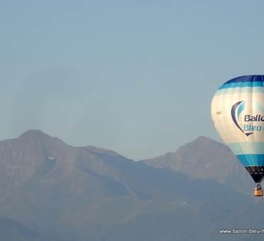 ballon bleu horizon vue du ciel 6