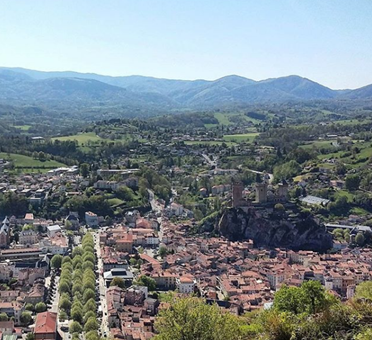 Vue sur Foix depuis le Pech
