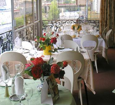 restaurant  LONS