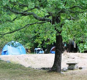 Aire naturelle de camping à l'herm