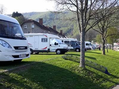 Aire de Camping-Car  de Monthermé