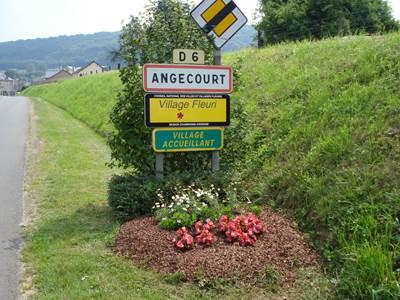 "ANGECOURT, Village Fleuri ""1 Fleur"""