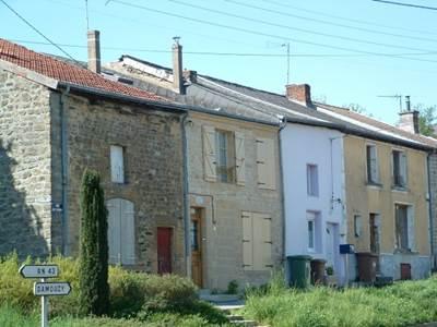 Maison rénovée à deux pas de Charleville-Mézières, Etion village (ARDENNES)