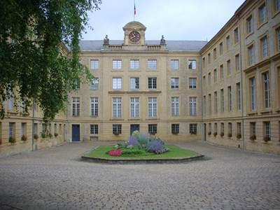 """Visite guidée """"Ville d'Art et d'Histoire"""": De la citadelle à la cité administrative"""