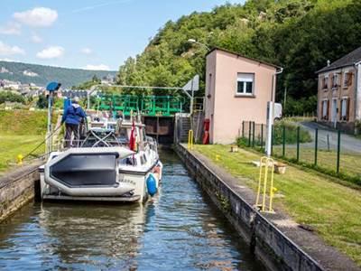 Séjour 3 jours 2 nuits : Croisière sur la Meuse vers les légendes Ardennaises  - Copie