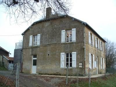 Appartement entre Verdun et Charleville-M., vue panoramique sur la campagne