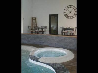 Appartement, piscine et jacuzzi à moins d'1h de Charleville-Mézières et Reims