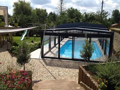 """Gite spa et piscine """"Le point du Jour"""""""