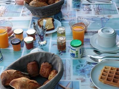petit-dejeuner-la-villa-descoublac-la-baule2