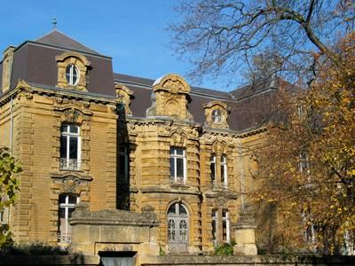 Ancienne sous-préfecture de Sedan