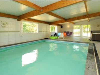Gîte Lauberoye, 15 pers., en Argonne Ardennaise, piscine couverte chauffée
