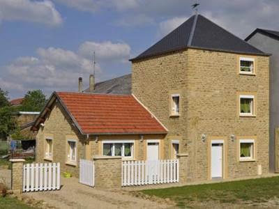 """Gite """"La Tour"""", Maison près de Sedan - Carignan - Florenville - Bouillon - Montmédy, 4 à 6 pers"""