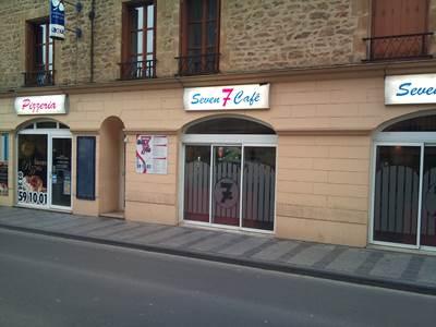 """Brasserie """"Seven Café"""""""