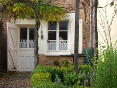 2 chambres proche de Carignan, Sedan, Bouillon et Orval ; jardin, ruisseau