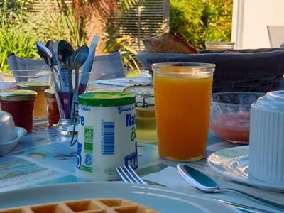 petit-dejeuner-la-villa-descoublac-la-baule1