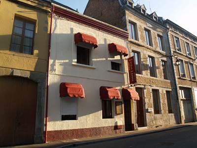 Furnished rooms (Les Dames de Meuse)