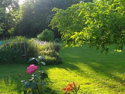 Le-jardin-la-vieille-maison-de-pensol