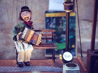 Visite guidée: Charleville-Mézières, cité des arts de la marionnette