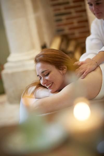 Massage au Cha^teau d'Auteuil