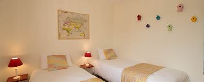 Chambre 2 lits rez-de-chaussée Gîte du Puit Des GRanges Faux Vesigneul