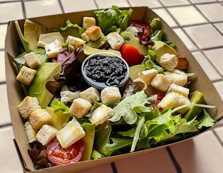 Salade Composée 10€ (elle peut changer au fil des saisons..)