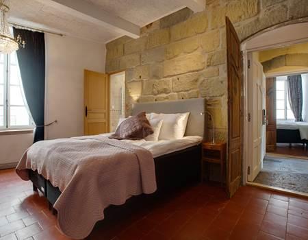 La Madeline room
