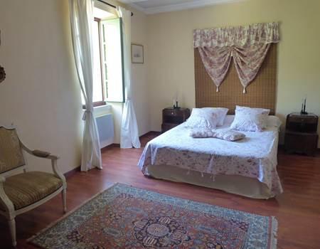 Notre chambre double Sirona avec vue sur le jardin