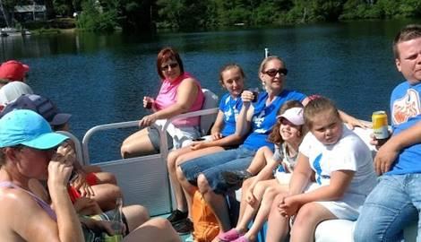 balade en ponton sur le lac Thomas
