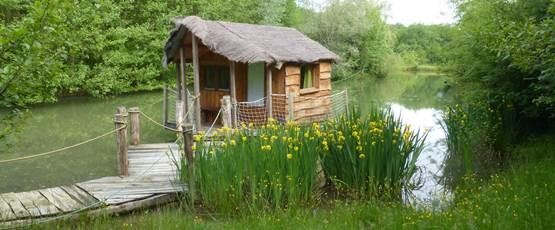 Cabane vue de l'extérieur