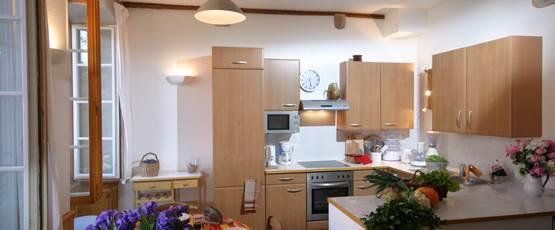 L'espace Cuisine Toute équipée avec lave-linge et sèche-linge